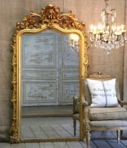decorating-with-golden-mirrors-010