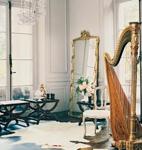 decorating-with-golden-mirrors-14