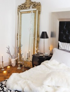 decorating-with-golden-mirrors-16