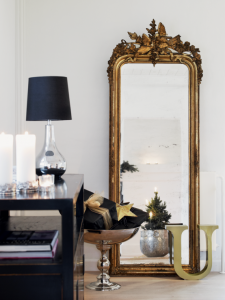 decorating-with-golden-mirrors-2-554x740