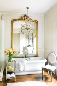 decorating-with-golden-mirrors-3