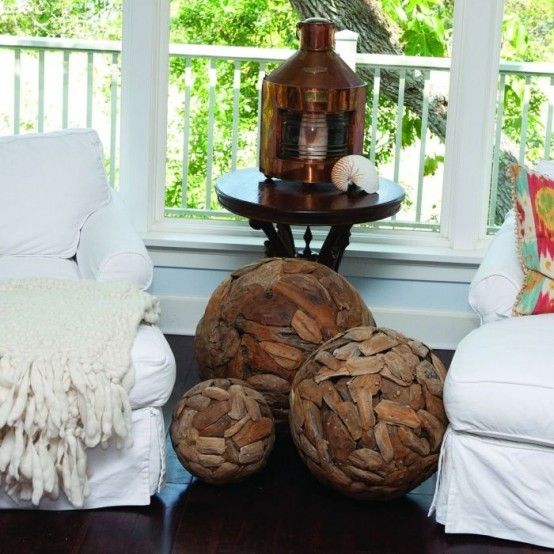 ideas-to-use-driftwood-in-home-decor-36-554x554