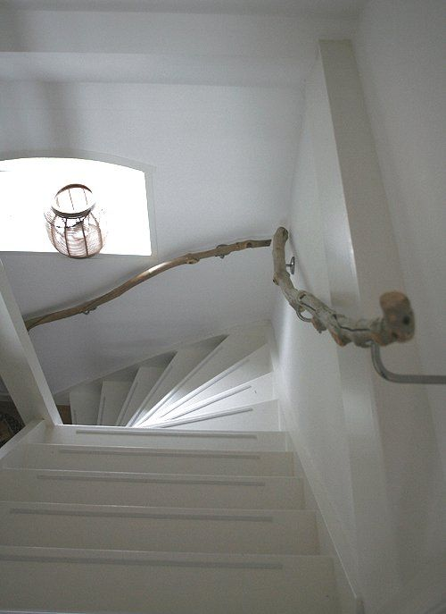 ideas-to-use-driftwood-in-home-decor-8