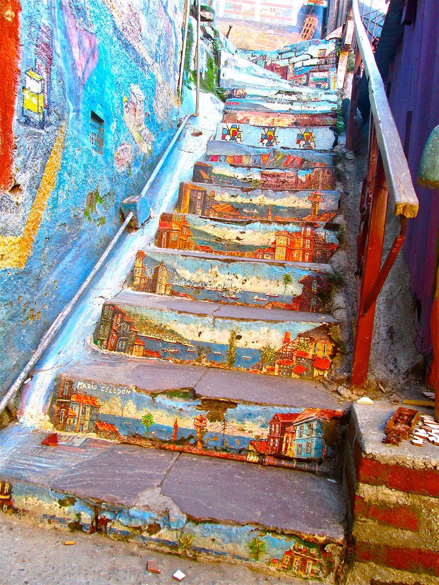 4. Valparaíso, Chile